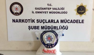 Gaziantep'te 8 kilogram sentetik uyuşturucu ele geçirildi