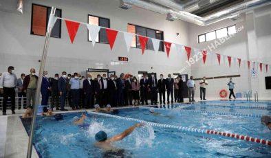 Karkamış Yüzme Havuzu'nun açılışı yapıldı